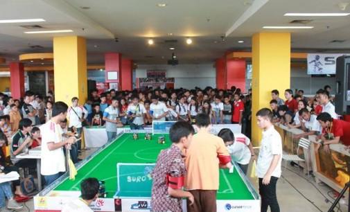 SMA KATOLIK Aquino Manado, Jawara Kontes Robot itCenter