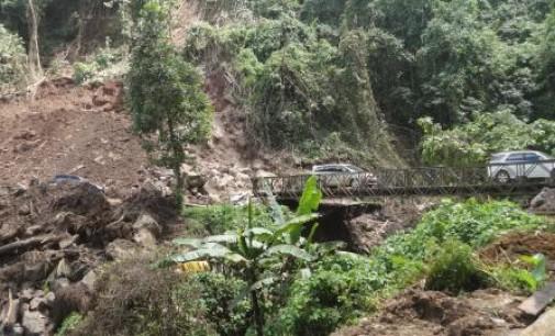Musim Hujan, EDWIN LONTOH Ingatkan Jalan Manado-Tomohon Berpotensi Longsor Ulang