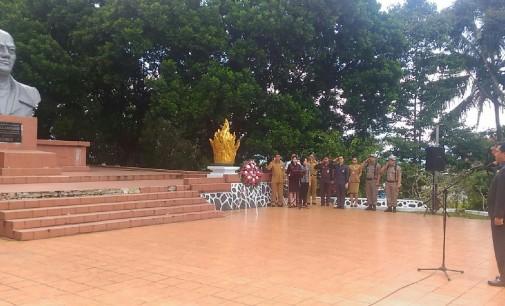 STEVEN KANDOUW Siarah di Makam Pahlawan Nasional Dr GSSJ Ratulangie