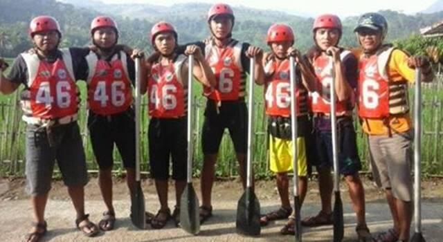 Tim Arung Jeram Sulut di PON XIX Jabar yang berhasil meraih medali perunggu.(Foto:timredaksi)