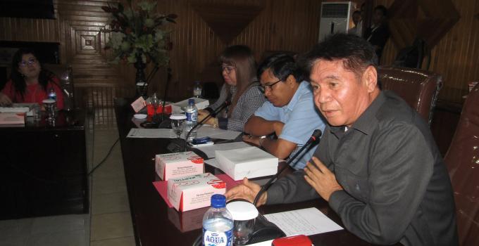Fanny Legoh di hearing Komisi 4 bersama manajemen RSUP Kandou dan pimpinan BPJS Manado