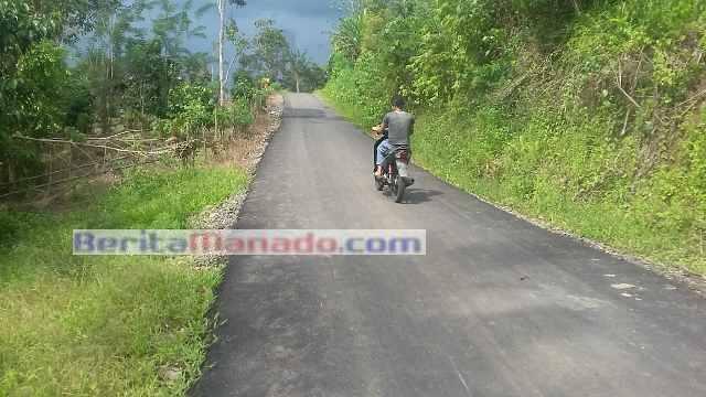 Jalan ke Desa Liandok
