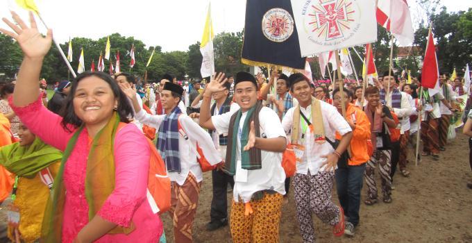 OMK Jakarta menampilkan suku Betawi