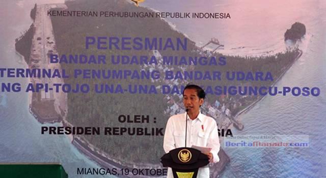 Presiden RI Joko Widodo memberikan sambutan