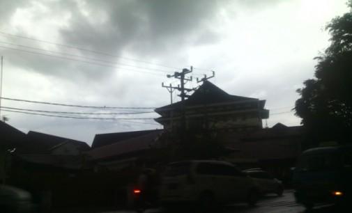 BPBD Himbau Warga Manado Waspadai Cuaca Ekstrim