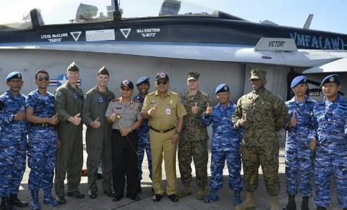 OLLY DONDOKAMBEY Minta Amerika Tiap Tahun Latihan Militer di Sulut Saja