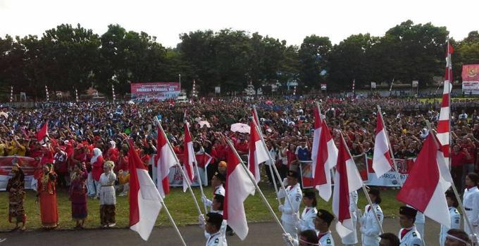 Apel Nusantara Bersatu massa