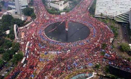 Catatan Kecil Minggu-Minggu Terakhir Tentang Indonesia