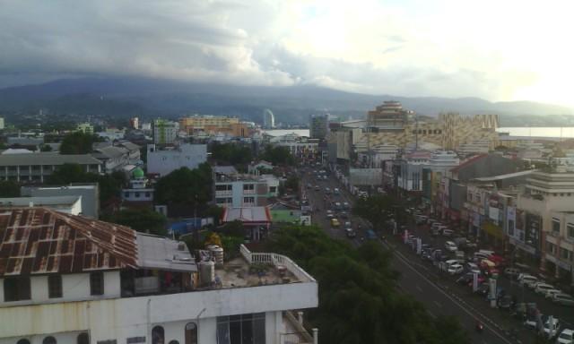 Kawasan Bisnis Boulevard Kota Manado.