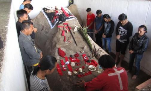 Luar Biasa !!! Ritual Watu Pinawetengan Hari Ini Hadirkan Dotu Siouw Kurur (Bisu)