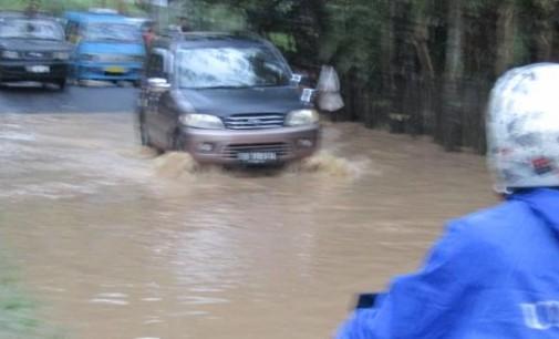 Di Manado Hujan Deras Tidak Lama Langsung Jadi Begini