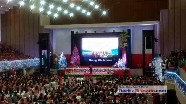 Gubernur Sulawesi Utara Olly Dondokambey saat memberi sambutan di perayaan natal nasional