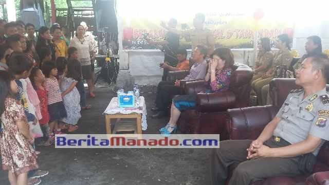 Tetty Paruntu di Perayaan Natal Wartawan Minsel