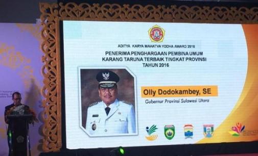 Gubernur OLLY DONDOKAMBEY Juga Menerima Penghargaan Tertinggi