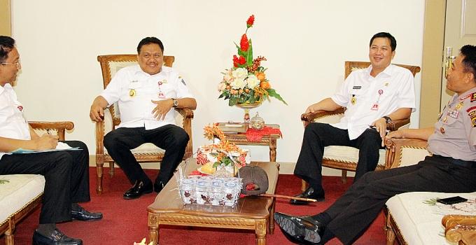 Gubernur Sulut Silaturahmi ke Gubernur Sulut