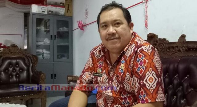 Kabag Humas dan Protokol Pemkab Minut Styvi Watupongoh.