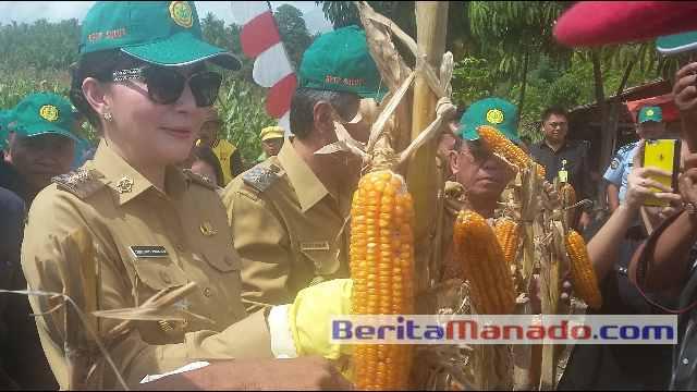 Christiany Eugenia Paruntu, SE, Bupati Minahasa Selatan