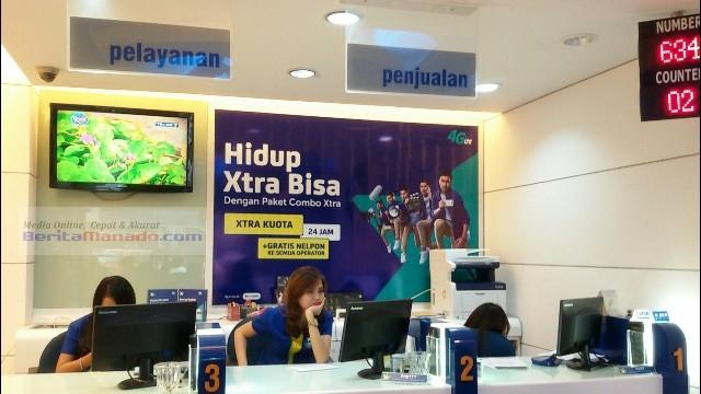 Kantor XL Manado yang terletak di ruko kawasan Mega Mas