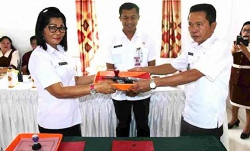BERITA FOTO: Sertijab Sejumlah Pejabat Pemkab Mitra