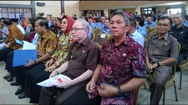 Wabup Minsel Franky Donny Wongkar, SH Saat Menghadiri Rakor RKPD se-Sulawesi Utara