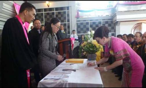 Bupati TETTY PARUNTU Ketua Panitia Sidang Tahunan KGPM Tahun 2018
