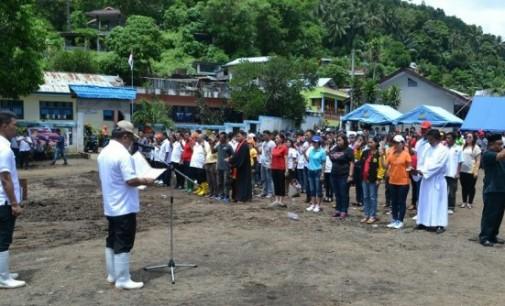 Ratusan Pejabat Struktural Bitung Dilantik di Lokasi Bencana