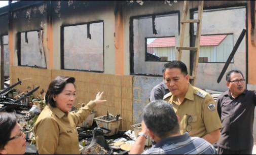 Walikota Tomohon Tinjau Kebakaran SMP Katolik Bunda Hati Kudus Woloan