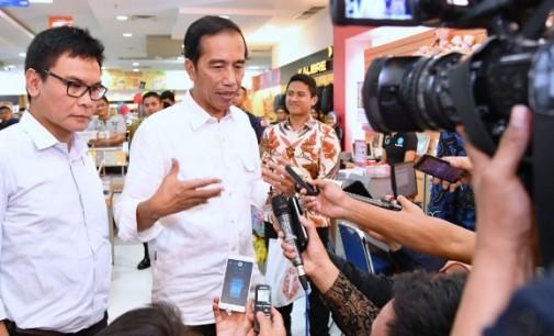 Bertanya Kepada Presiden Dan Kapolri Sedang Heboh, Jokowi: Lalu Saya Bertanyanya Kepada Siapa?