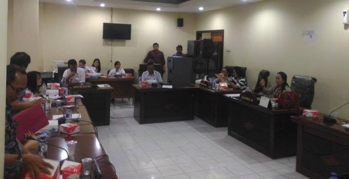 Rapat Komisi c DPRD Manado