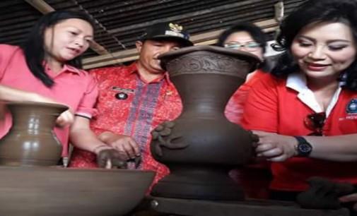 Topang ODSK, PKK Sulut Genjot Pengrajin Keramik