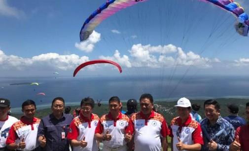 Gunung Exotis Ini Jadi Saksi Sejarah OLLY DONDOKAMBEY Buka Kejuaraan Dunia Paragliding