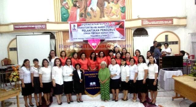 Keluarga besar Persatuan Ibu-ibu Masehi (PERIMA)