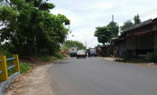 Pedagang Bensin Eceran di Tempat Ini Bahayakan Pengguna Jalan Raya