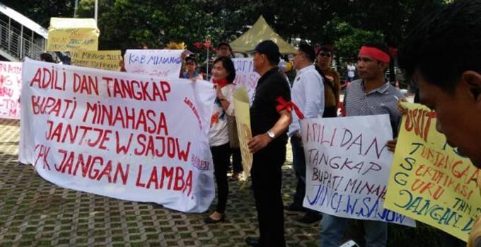 Demo Aliansi Masyarakat Minahasa Anti Korupsi (AMMAK) di KPK, 10 April 2017
