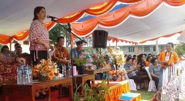 Bupati Minut Vonnie Panambunan membuka kegiatan FLS2N dan O2SN.