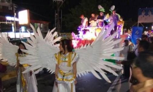 Berita Foto: Parade Kerukunan Kendaraan Hias di Manado
