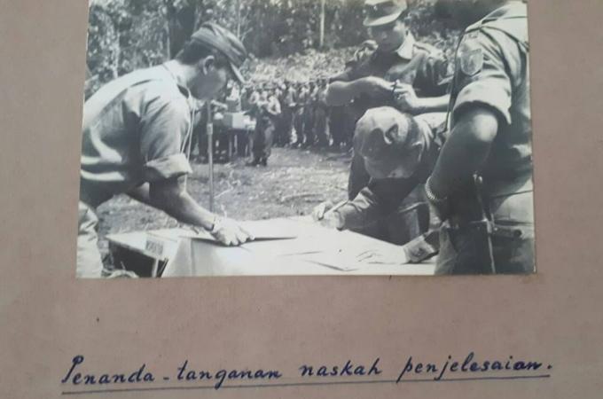Penandatanganan perdamaian permesta