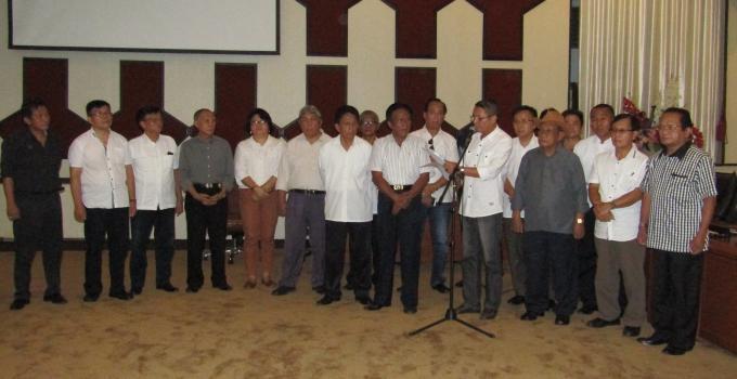 Pembacaan resolusi Gerakan Natif dan Masyarakat Adat Sulawesi Utara