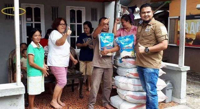 Warga antusias mendapat bantuan dari Gerindra Minut.