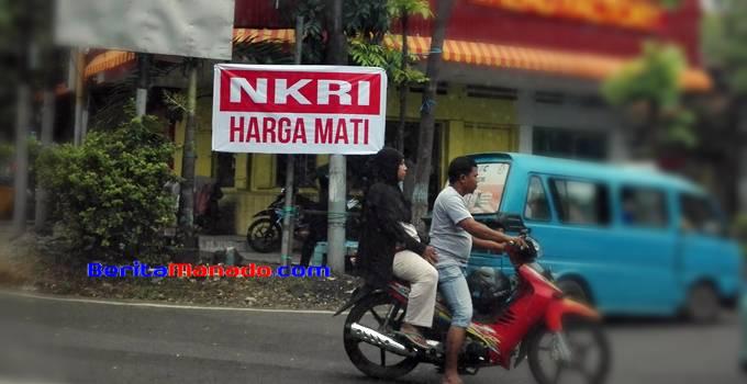 Spanduk NKRI di daerah Tuminting