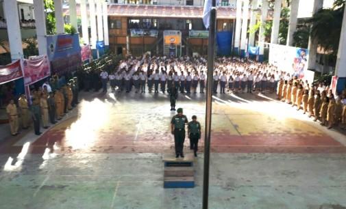 Wah !!! SMA Negeri 1 Laksanakan Upacara Bendera Bersama Kodim 1309