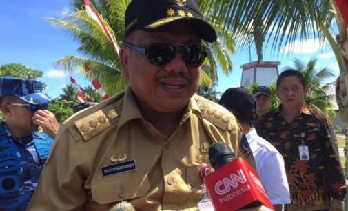 """Berita Foto """"Sidak"""" Miangas II : Diliput CNN, OLLY DONDOKAMBEY Laksanakan Perintah PRESIDEN"""