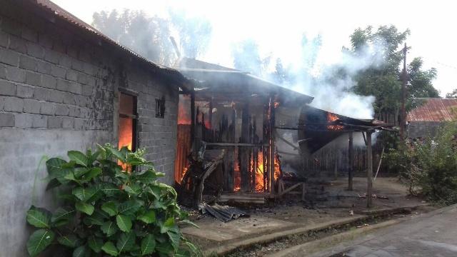 Rumah Terbakar di Kawangkoan Bawah, Amurang