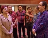 Bupati VONNIE PANAMBUNAN-Kementerian PUPR Tandatangani MoU Program Sanitasi