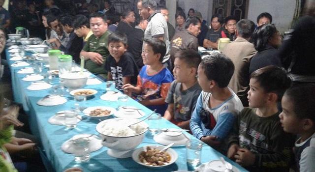 Tradisi Berantang warga Kawangkoan