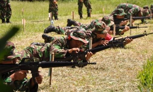 Korem 131/Santiago Mantapkan Kemampuan Menembak Anggotanya