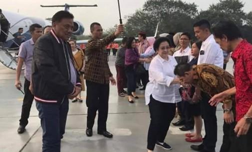 OLLY DONDOKAMBEY Dampingi MEGAWATI SOEKARNOPUTRI ke Malang dan Blitar