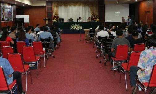 Seminar Unsrat Hadirkan Danrem 131 Santiago