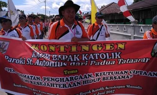 KBK St Antonius Padua Tataaran Semangat Ikuti Defile