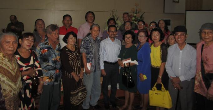 Ahli waris Simon Tudus bersama bapak Hermawan usai pertemuan di Pemprov Sulut, pekan lalu